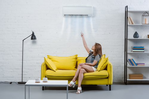 Heat pump ductless wall air conditioner
